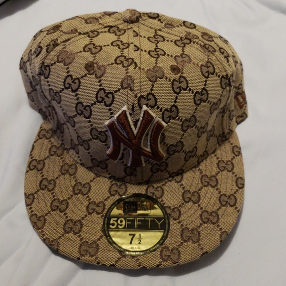 cec355500ed New Era NY Yankee Gucci BBall Cap NWOT. M 5b95e7de1b3294bba413072a. Other  Accessories ...